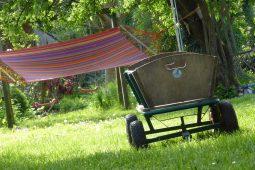 Jak zrobić wózek ogrodowy?